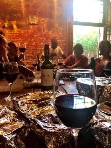 tafelen met zuid Afrikaanse wijn
